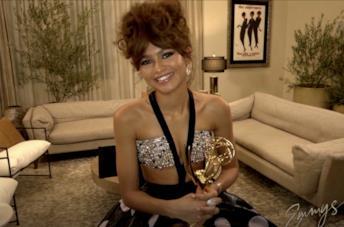 Zendaya durante gli Emmy 2020