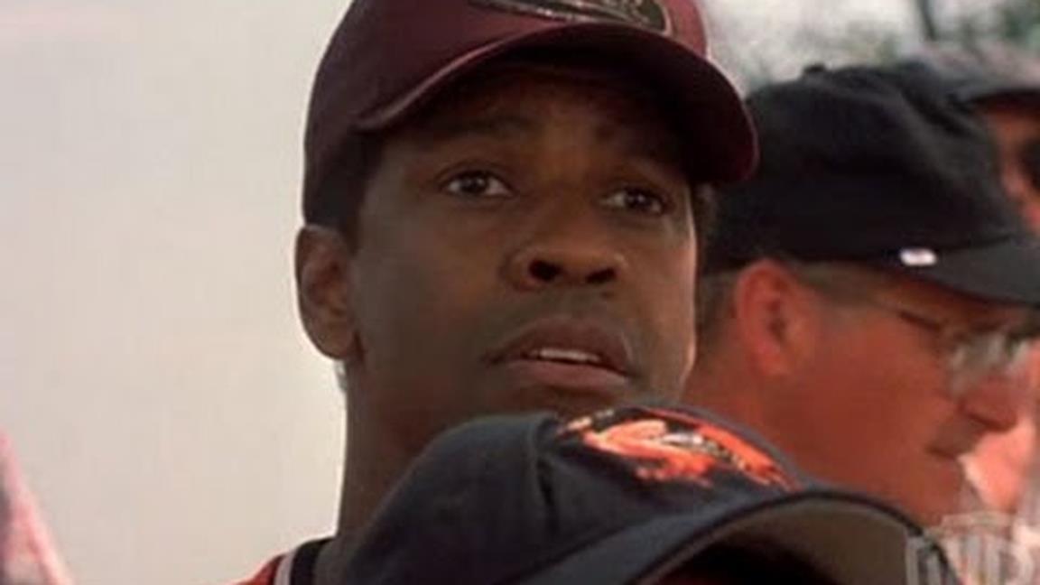 Denzel Washington nei panni di John Quincy Archibald in una scena del film